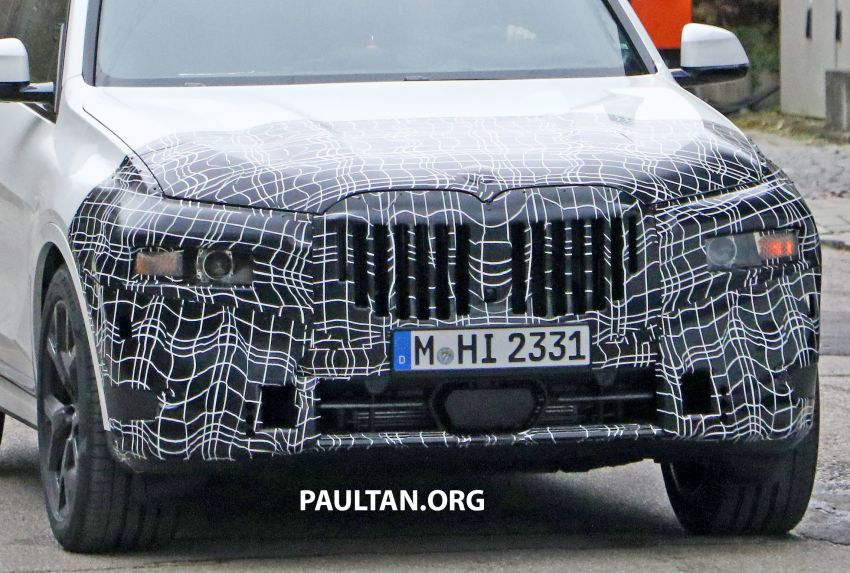 SPYSHOTS: BMW X7 facelift shows radical new look Image #1218456