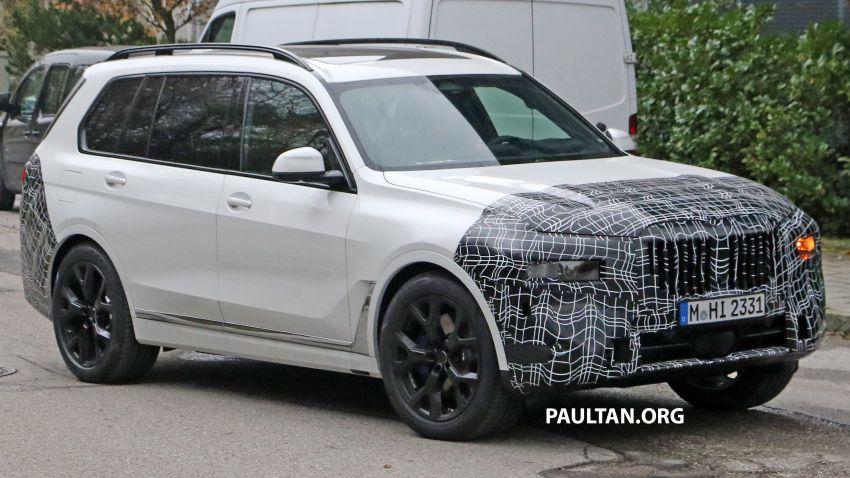 SPYSHOTS: BMW X7 facelift shows radical new look Image #1218458