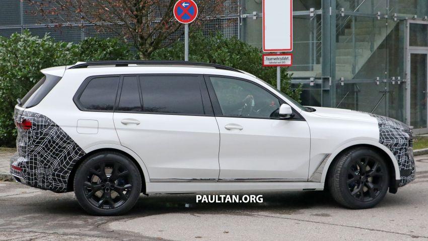 SPYSHOTS: BMW X7 facelift shows radical new look Image #1218461