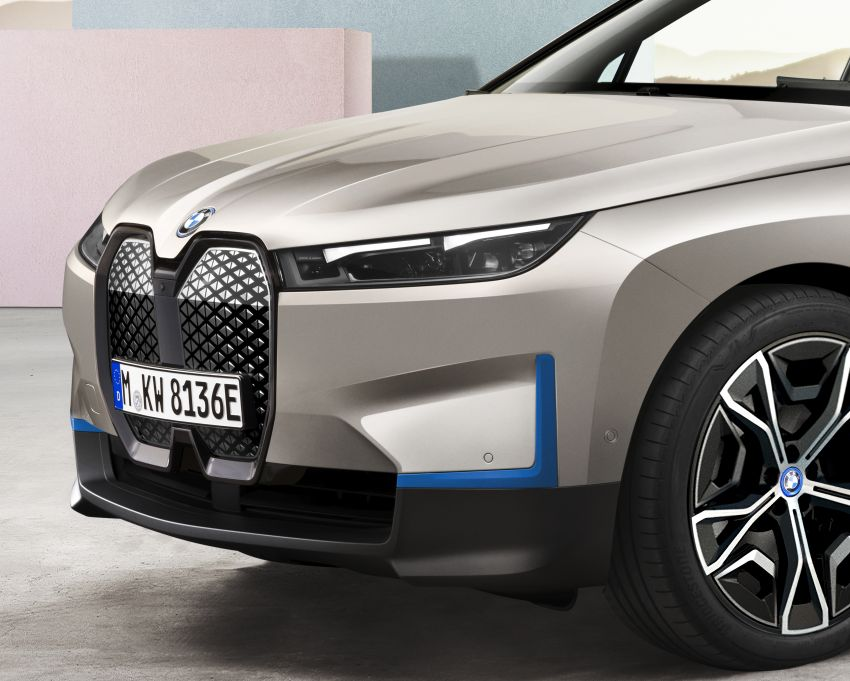 BMW iX revealed – iNEXT electric SUV gets a name and more than 500 PS, 600 km range; coming late-2021 Image #1208192