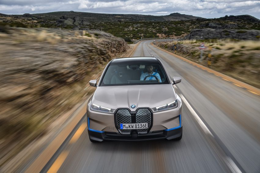 BMW iX revealed – iNEXT electric SUV gets a name and more than 500 PS, 600 km range; coming late-2021 Image #1208257