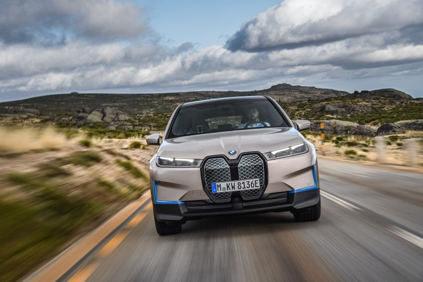 BMW iX revealed – iNEXT electric SUV gets a name and more than 500 PS, 600 km range; coming late-2021 Image #1208258