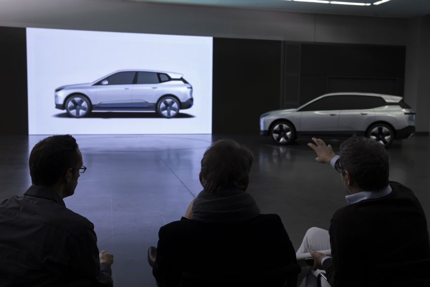 BMW iX revealed – iNEXT electric SUV gets a name and more than 500 PS, 600 km range; coming late-2021 Image #1208272