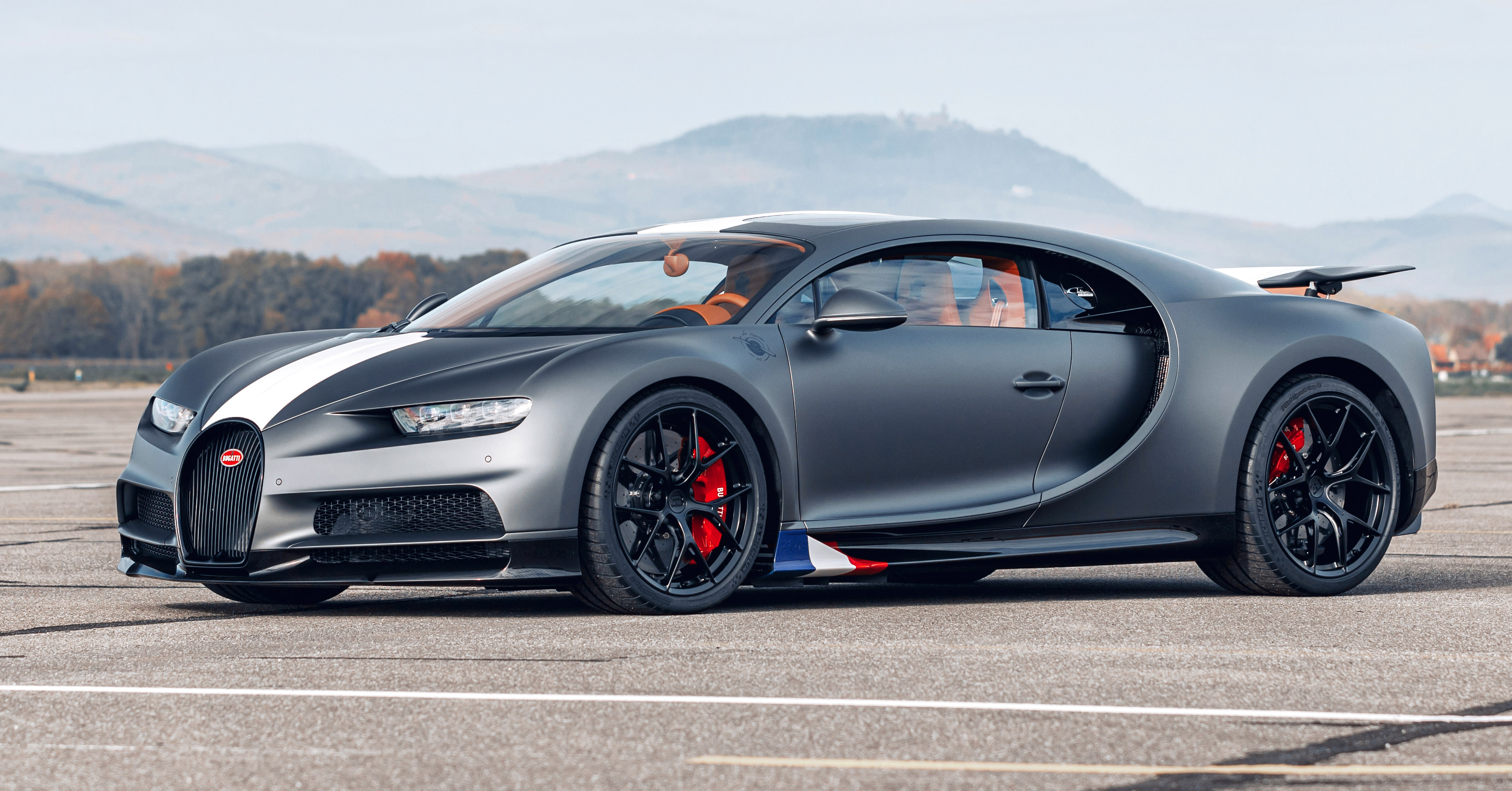 Bugatti Chiron Sport Les Legendes Du Ciel Revealed A Tribute To French Aviation History From Rm14 Million Paultan Org