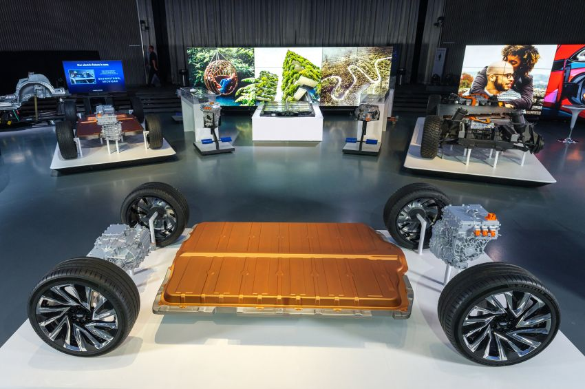 General Motors to launch 30 electric vehicles by 2025 Image #1213831