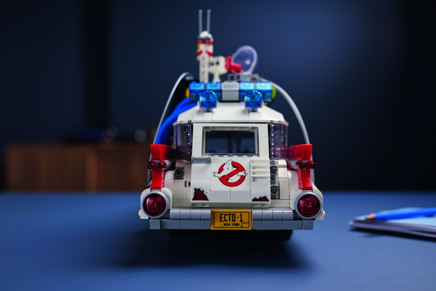 Lego Ghostbusters ECTO-1 – 2,352 pieces, US$199 Image #1204939