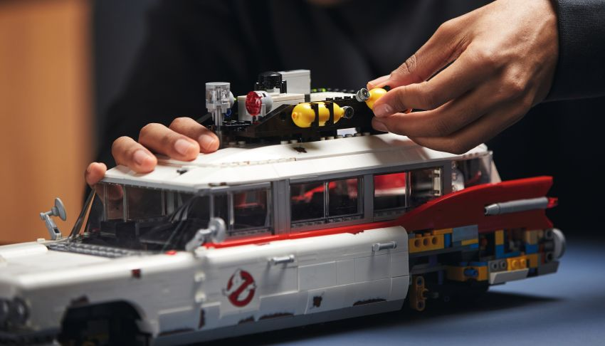 Lego Ghostbusters ECTO-1 – 2,352 pieces, US$199 Image #1204955