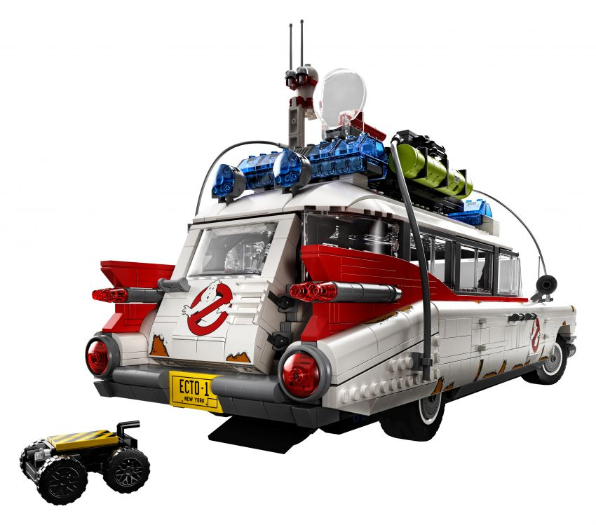 Lego Ghostbusters ECTO-1 – 2,352 pieces, US$199 Image #1204933