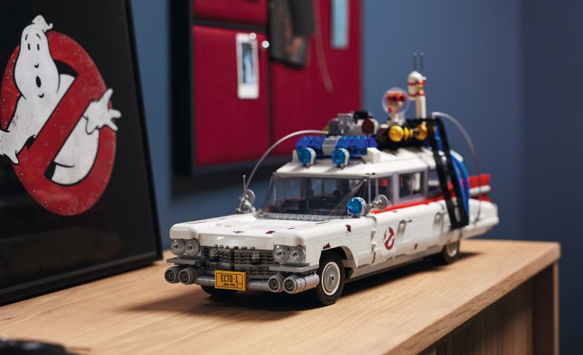Lego Ghostbusters ECTO-1 – 2,352 pieces, US$199 Image #1204936