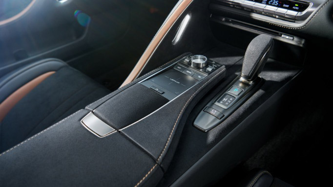 Lexus LC Aviation – a 70-unit limited edition for Japan Image #1202160