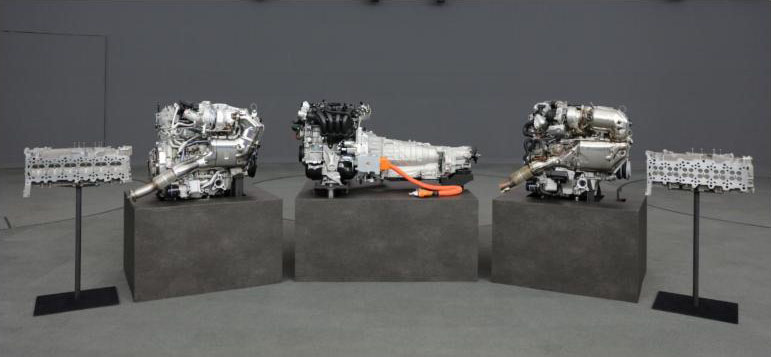 Mazda previews its inline-six engine before 2022 debut Image #1208366