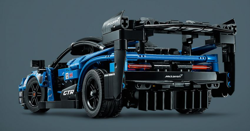 Lego Technic McLaren Senna GTR revealed – 830-piece set with moving V8, dihedral doors, blue livery Image #1218578