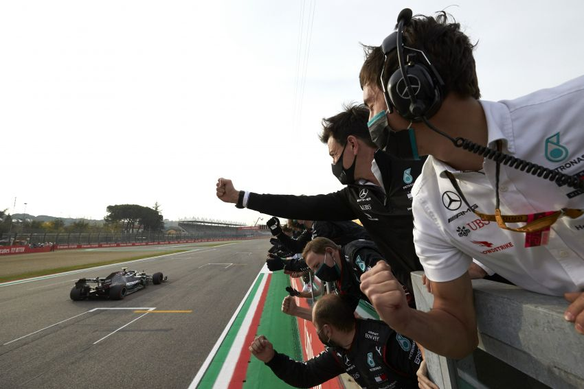 Mercedes AMG Petronas clinches 7th straight F1 titles Image #1202269