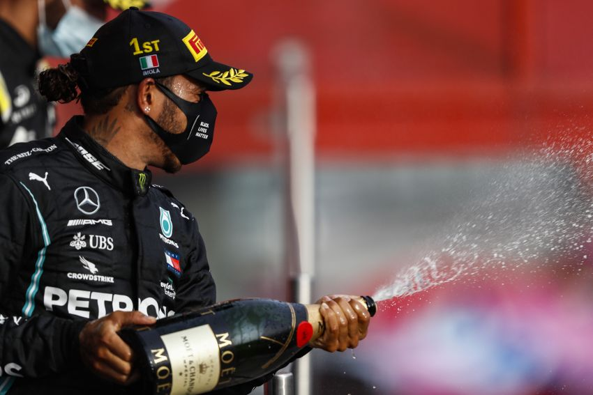 Mercedes AMG Petronas clinches 7th straight F1 titles Image #1202277