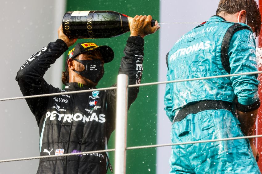 Mercedes AMG Petronas clinches 7th straight F1 titles Image #1202282
