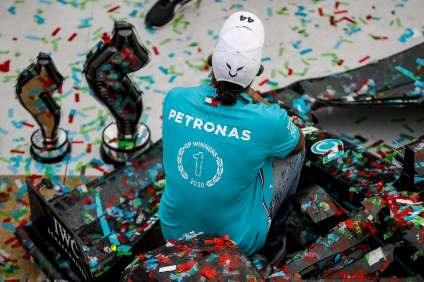 Mercedes AMG Petronas clinches 7th straight F1 titles Image #1202293