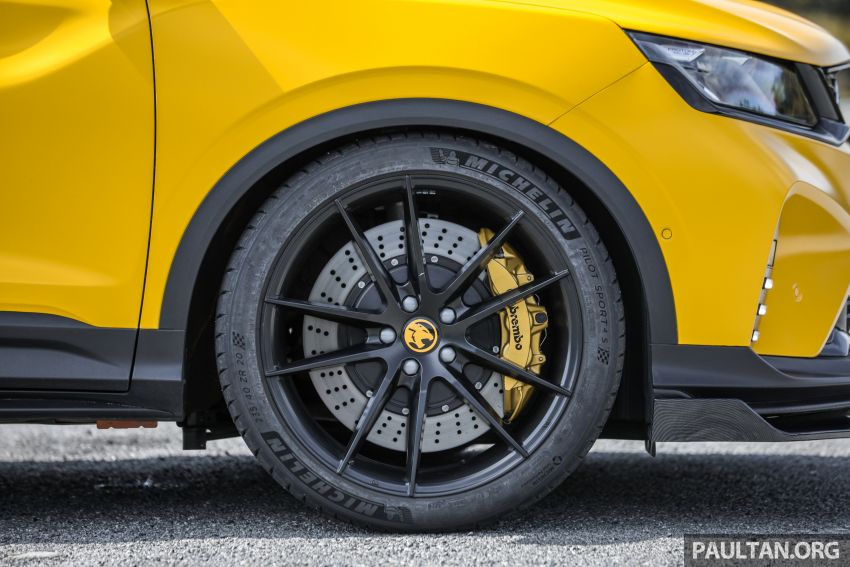 Proton X50 'Bumblebee' – viral yellow SUV with over RM50k worth of modifications inside and outside! Image #1217569