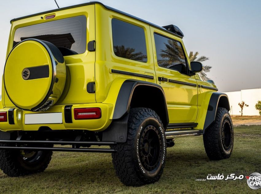 Suzuki Jimny with G-Class conversion kit takes on the Mercedes-Benz G500 4×4² – look at the size difference! Image #1218166