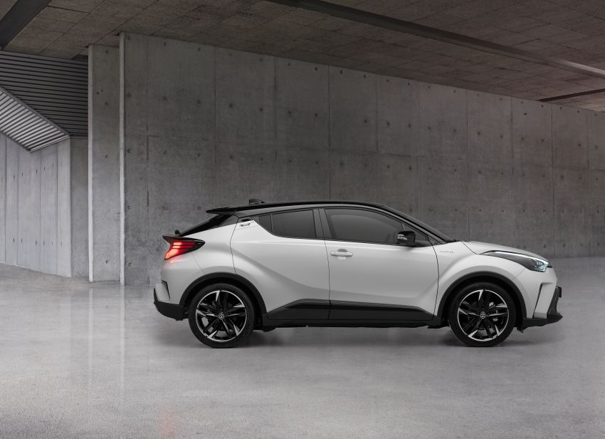 Toyota C-HR GR Sport, C-HIC models debut in Europe Image #1206219