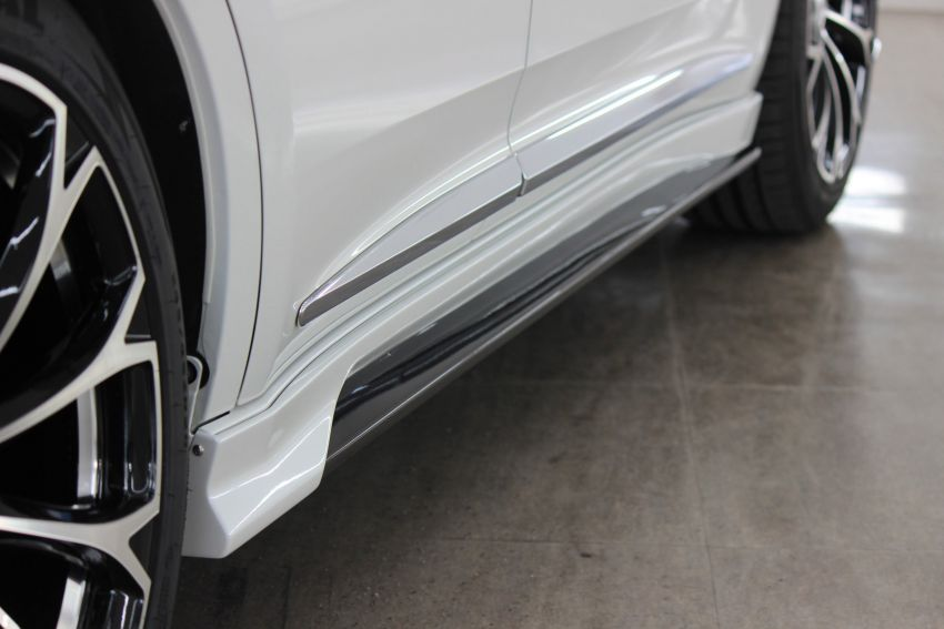 Toyota Harrier with Craftech body kit – Urus clone Image #1217308