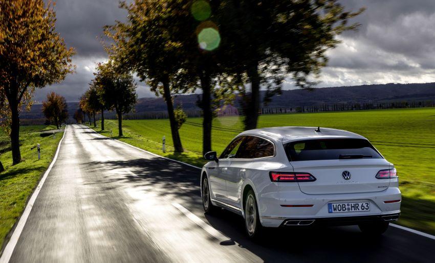 Volkswagen Arteon eHybrid plug-in hybrid dilancarkan Image #1218633