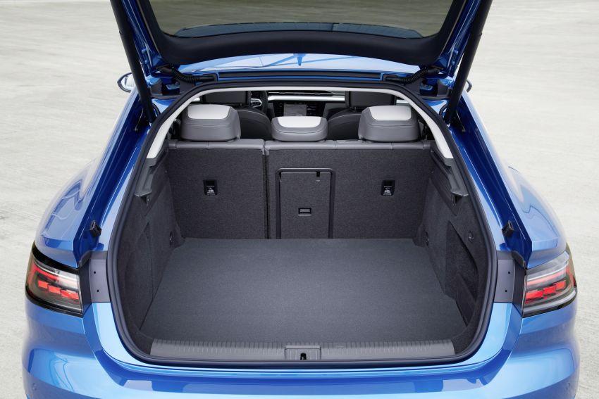 Volkswagen Arteon eHybrid plug-in hybrid dilancarkan Image #1218593