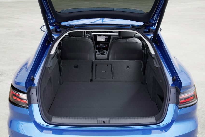 Volkswagen Arteon eHybrid plug-in hybrid dilancarkan Image #1218596