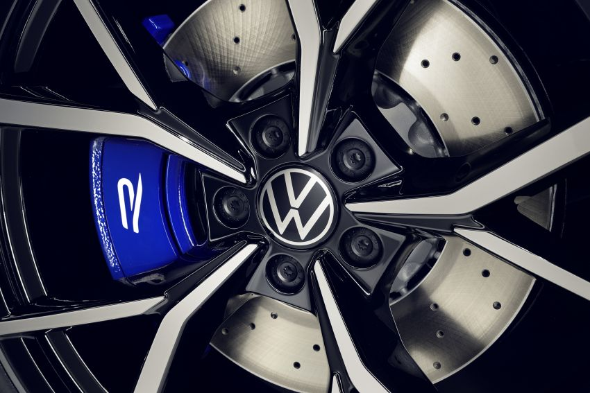 Volkswagen Tiguan R revealed – SUV with 320 PS, 4.9s Image #1216937