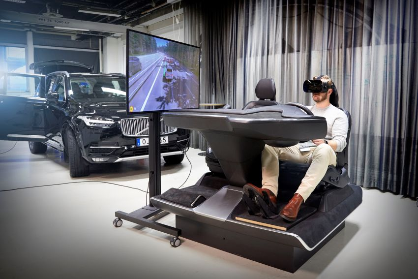 Volvo 'ultimate simulator' for developing safety tech Image #1214321