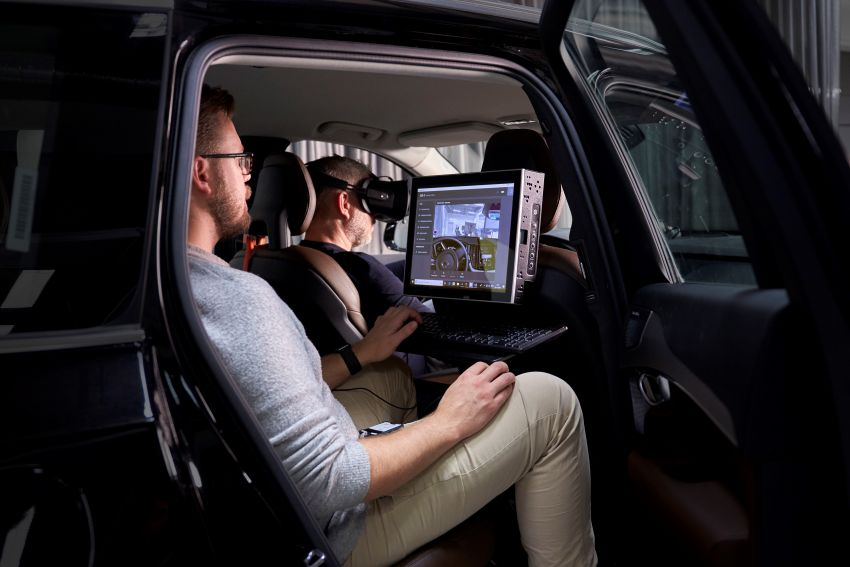 Volvo 'ultimate simulator' for developing safety tech Image #1214324
