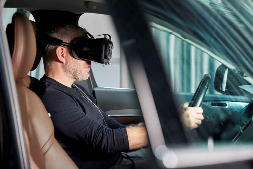 Volvo 'ultimate simulator' for developing safety tech Image #1214325