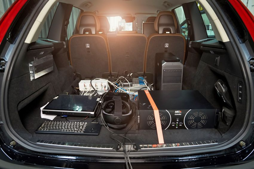 Volvo 'ultimate simulator' for developing safety tech Image #1214327