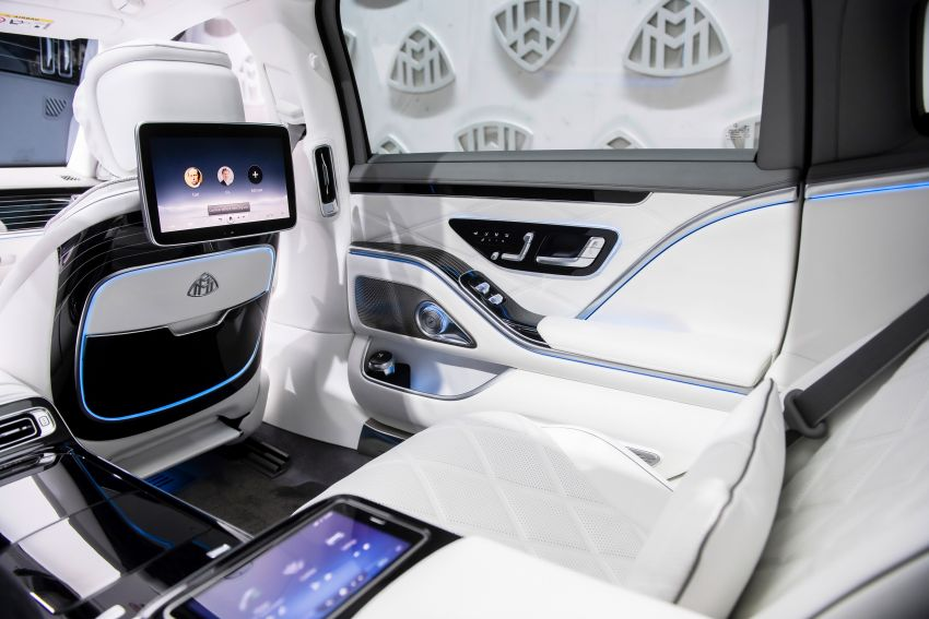 Z223 Mercedes-Maybach S-Class debuts – ultra-posh, tech-loaded flagship limo with 3,396 mm wheelbase Image #1214143