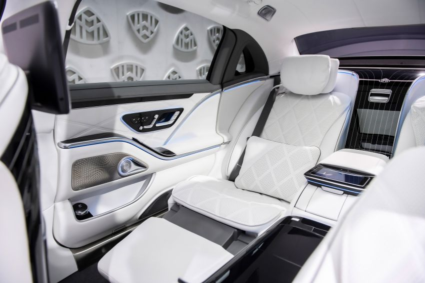 Z223 Mercedes-Maybach S-Class debuts – ultra-posh, tech-loaded flagship limo with 3,396 mm wheelbase Image #1214144