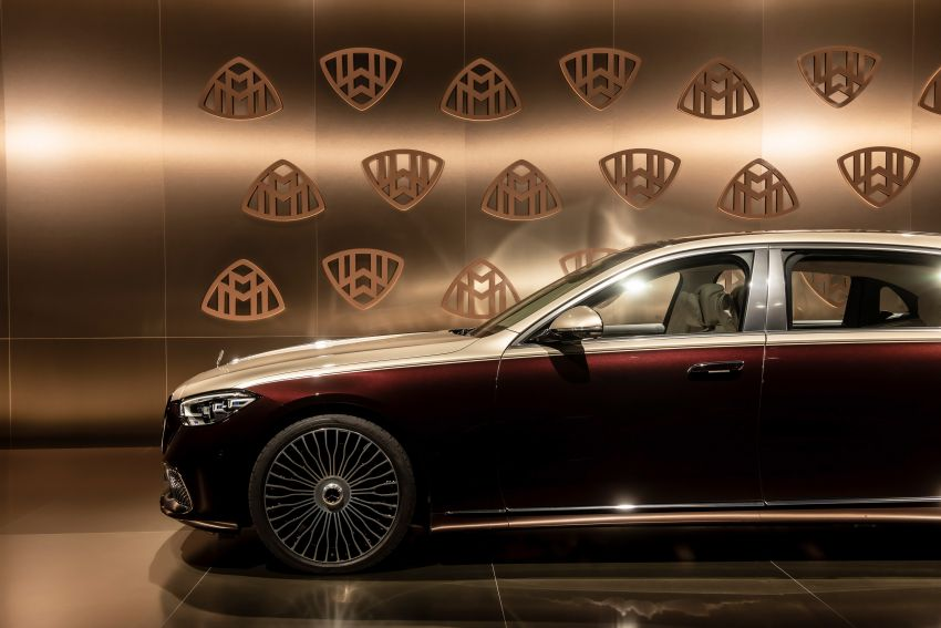 Z223 Mercedes-Maybach S-Class debuts – ultra-posh, tech-loaded flagship limo with 3,396 mm wheelbase Image #1214150