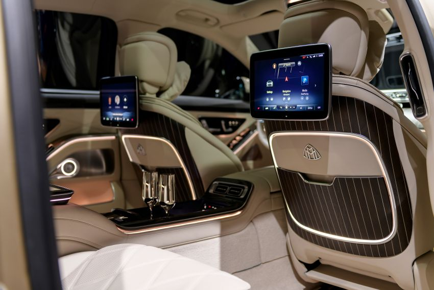 Z223 Mercedes-Maybach S-Class debuts – ultra-posh, tech-loaded flagship limo with 3,396 mm wheelbase Image #1214220