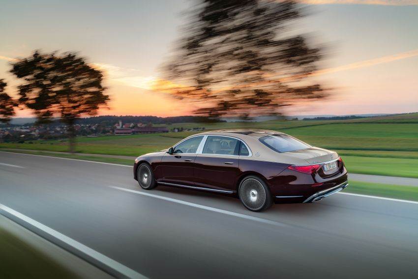 Z223 Mercedes-Maybach S-Class debuts – ultra-posh, tech-loaded flagship limo with 3,396 mm wheelbase Image #1213992