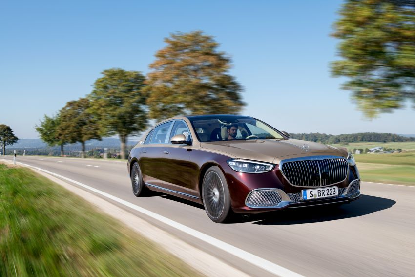 Z223 Mercedes-Maybach S-Class debuts – ultra-posh, tech-loaded flagship limo with 3,396 mm wheelbase Image #1213998