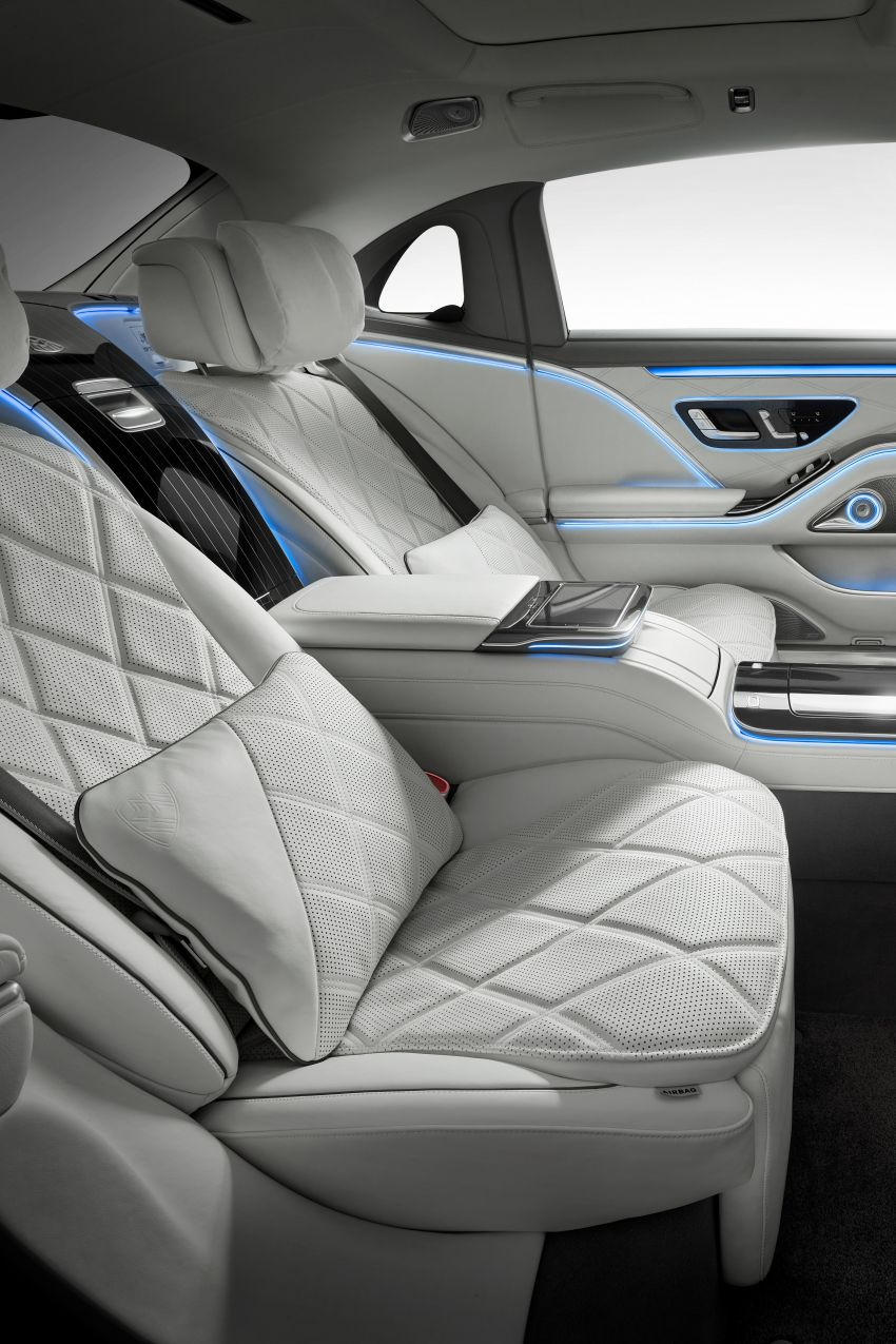 Z223 Mercedes-Maybach S-Class debuts – ultra-posh, tech-loaded flagship limo with 3,396 mm wheelbase Image #1214024