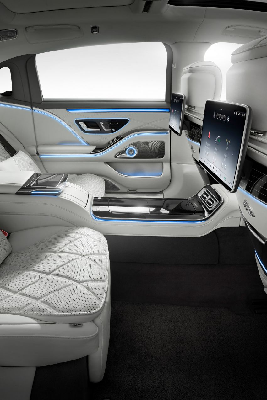 Z223 Mercedes-Maybach S-Class debuts – ultra-posh, tech-loaded flagship limo with 3,396 mm wheelbase Image #1214026