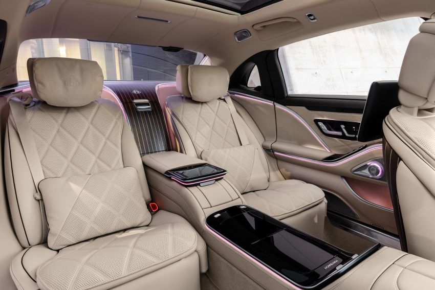 Z223 Mercedes-Maybach S-Class debuts – ultra-posh, tech-loaded flagship limo with 3,396 mm wheelbase Image #1214033