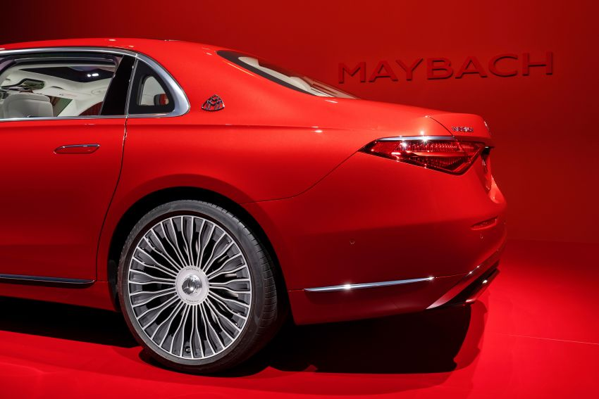 Z223 Mercedes-Maybach S-Class debuts – ultra-posh, tech-loaded flagship limo with 3,396 mm wheelbase Image #1214065