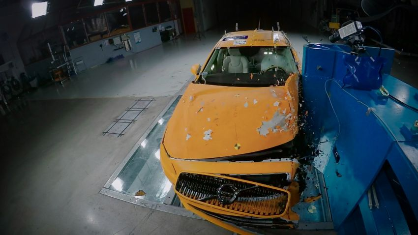 Volvo Cars Safety Centre multifunction facility turns 20 Image #1220611