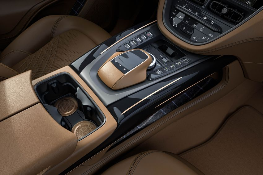 2021 Aston Martin DBX Bowmore Edition: 18 units only Image #1221162