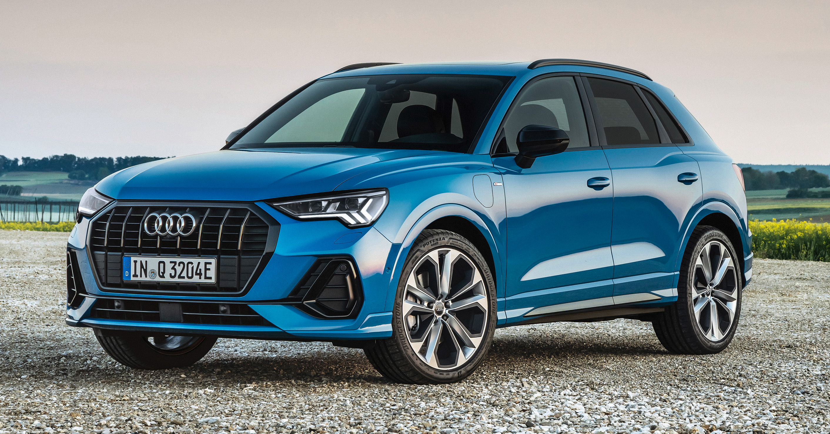 2021 Audi Q3 45 Tfsi E Debuts First Ever Compact Phev With 1 4l Engine 245 Ps 400 Nm 50 Km E Range Paultan Org