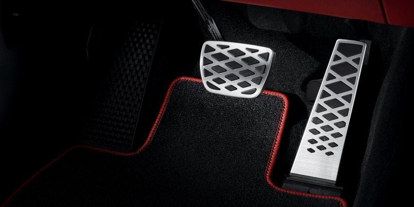 Genesis GV70 makes its full debut – Smartstream turbo engines; semi-autonomous tech; Sport package Image #1221753