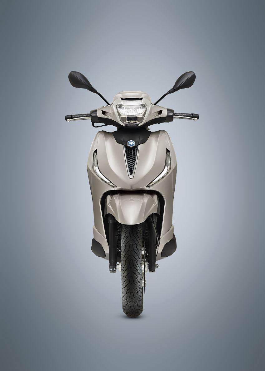 2021 Piaggio Beverly – suburban scooter elegance Image #1228896