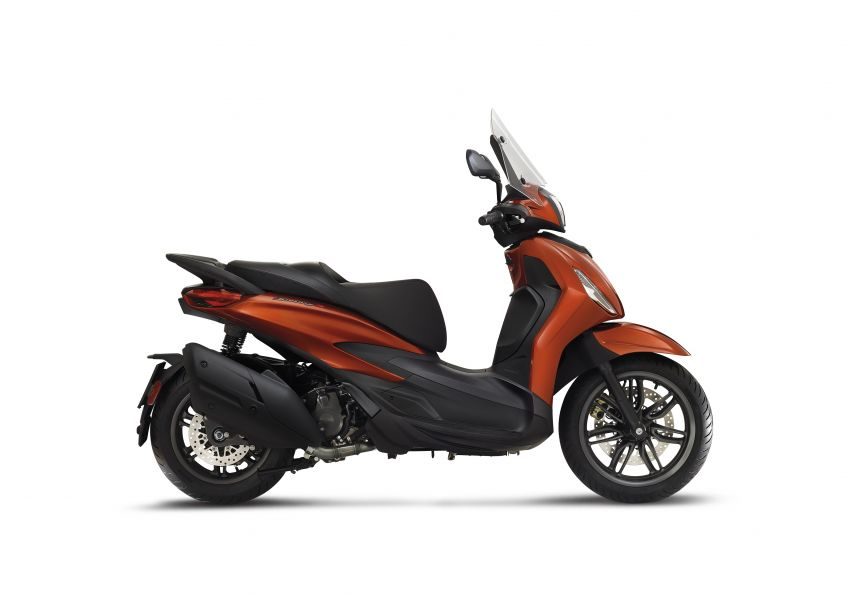 2021 Piaggio Beverly – suburban scooter elegance Image #1228891