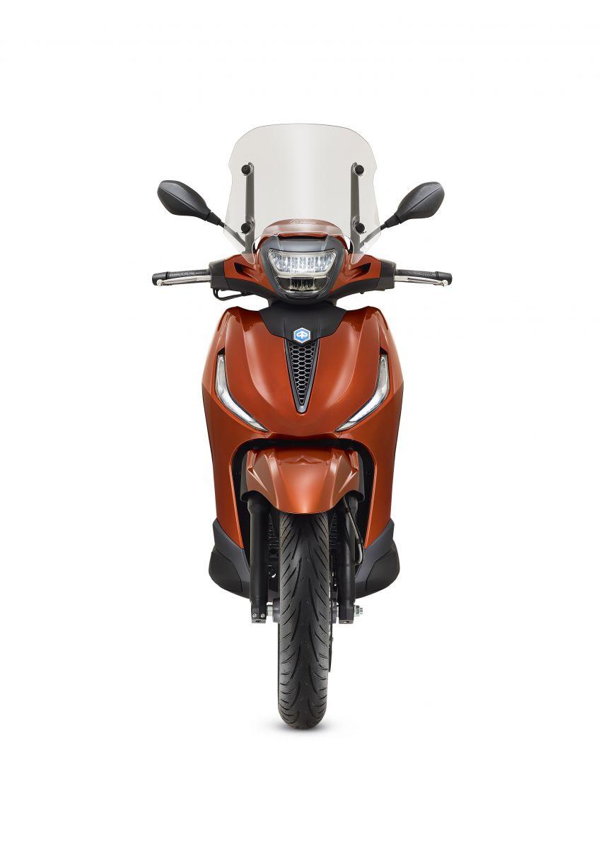 2021 Piaggio Beverly – suburban scooter elegance Image #1228889