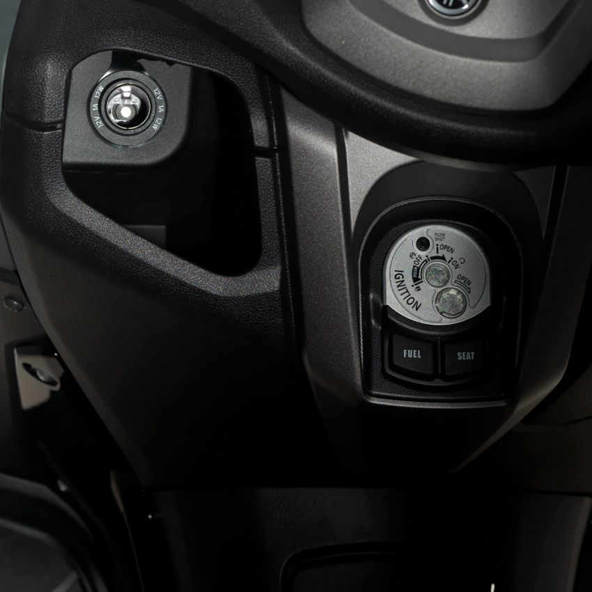 2021 Yamaha NMax 155 scooter in Malaysia, RM8,998 Image #1219100
